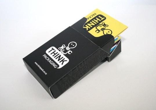In hộp giấy màu đen