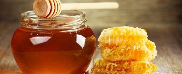 Chữa bệnh chàm bằng mật ong
