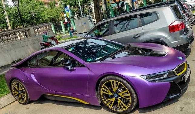 Decal dán xe BMW hcm