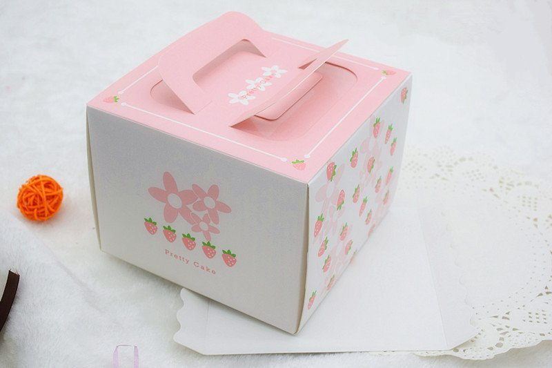 thiết kế hộp bánh kem