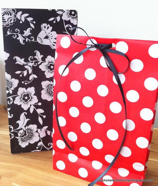 Khi nào bạn nên thiết kế lại túi giấy cho doanh nghiệp mình